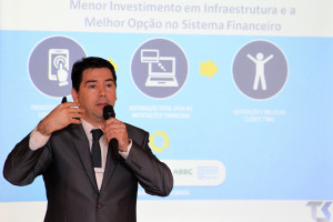 Jeferson Machado - Superintendente da Unicred do Brasil